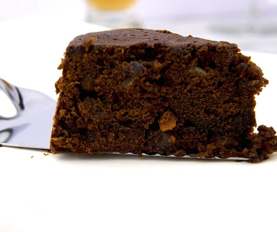 Dark Fruit Cake 1 of 6