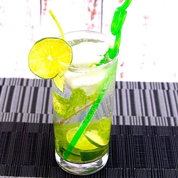 Lemon Lime Mojito Mint Leaves With Rum 3 of 5