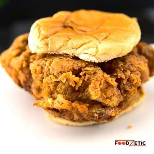 Crispy Chicken Sandwich Burger 1 of 5